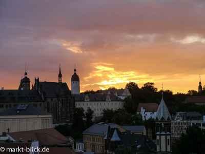 Sonnenaufgang über dem Schloss