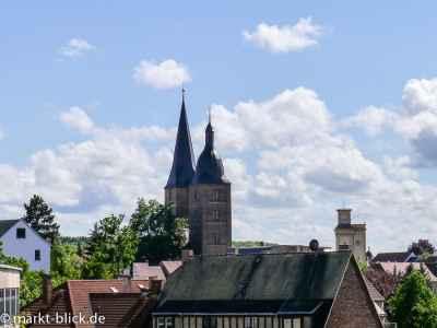 Blick vom Schloss auf die Roten Spitzen