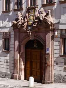 Eingangsportal zum Amtsgericht