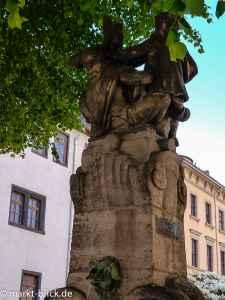 Der Skatbrunnen